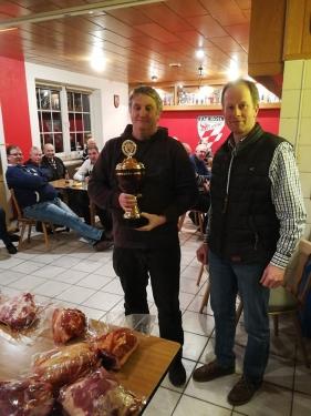 Doppelkopfturnier gewinnt Klaus Fischer vor Günther Gaumann und Geert Güber